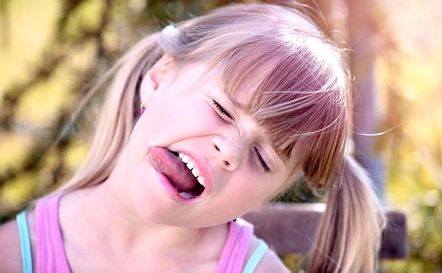 Come funziona l'ortodonzia linguale?